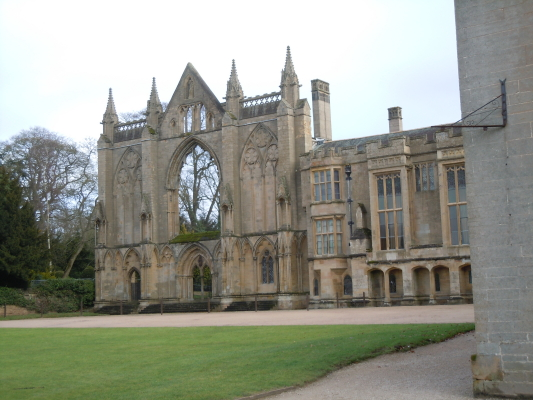Newstead Abbey, originally an Augustinian priory, is now best known as the ancestral home of Lord Byron.