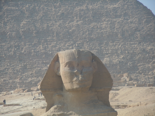 Sphinx with missing nose